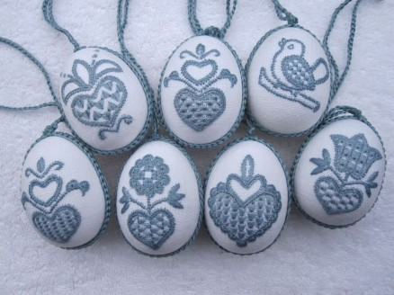 Easter Eggs embroidered with Schwalm Whitework motifs
