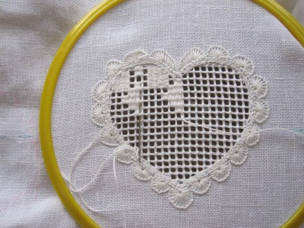 Einstopfen des Musters | weaving the pattern