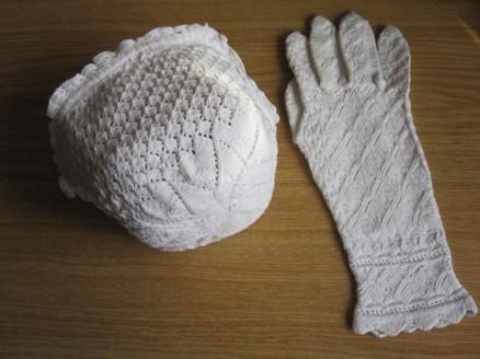 Taufmützchen und Handschuh | baby cap and glove