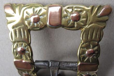 Kupferblättchen und Kupfernieten