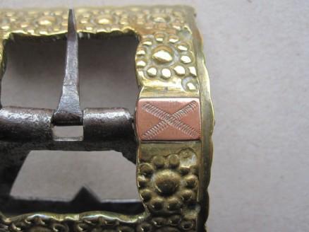 ziselierte Kupferblättchen