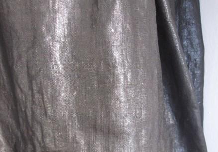 Shiny linen